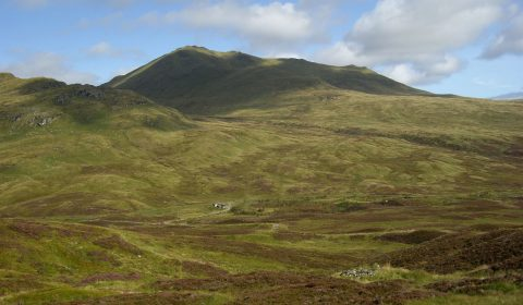 Bein-Ghlas-from-tarmachan-path