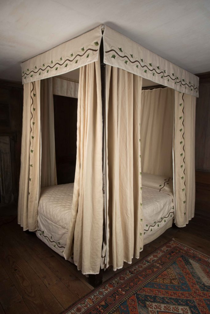 Motivated Vintage Mahogany Asso Inc Twin Size Traditional Style Four Poster Bed Post-1950