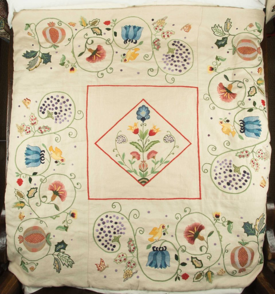 Pink & White For Crafts To Have Both The Quality Of Tenacity And Hardness As Is 1960s Embriodered And Pieced Quilt