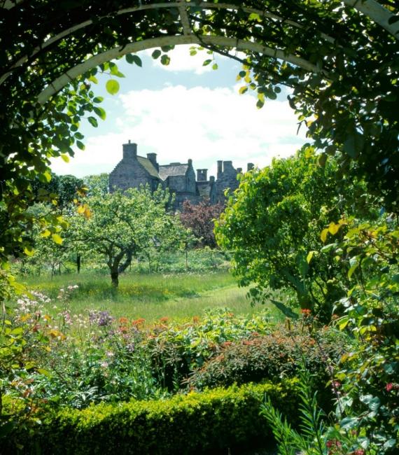 Kellie Castle gardens